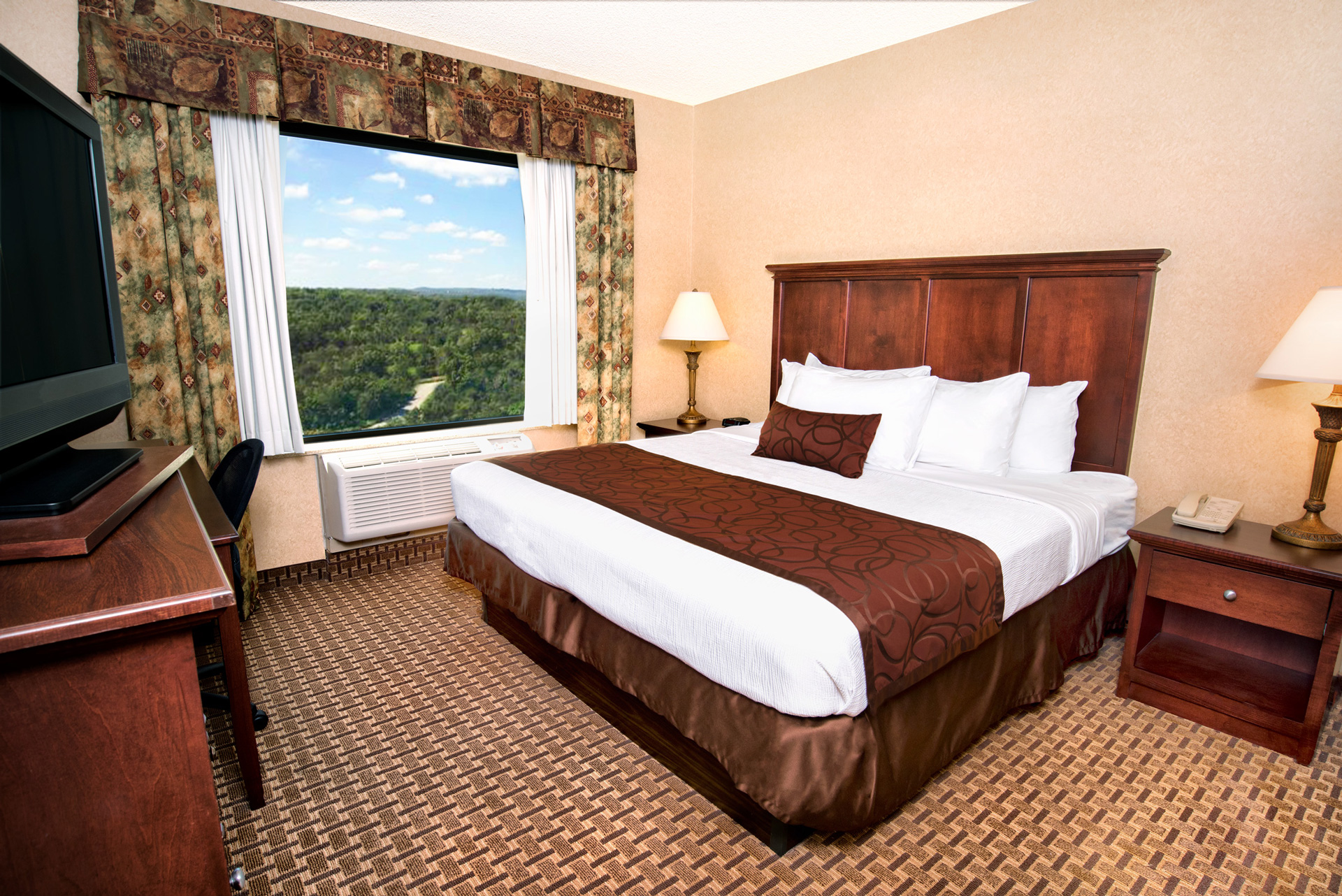 Grand Plaza King Suite